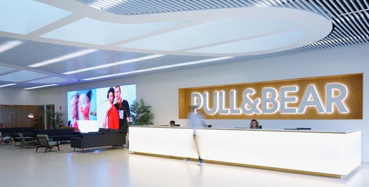 Recepción oficinas Pull&Bear