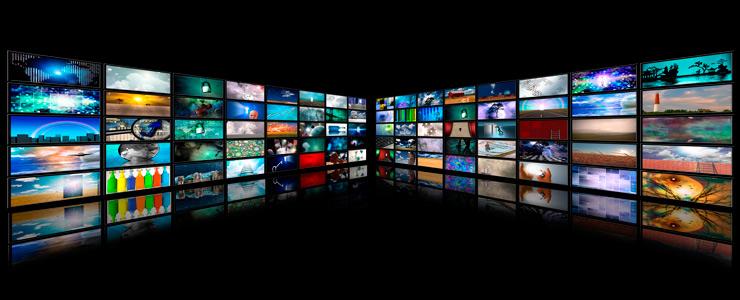 Imagen genérica con diferentes pantallas que representa las plataformas OTT
