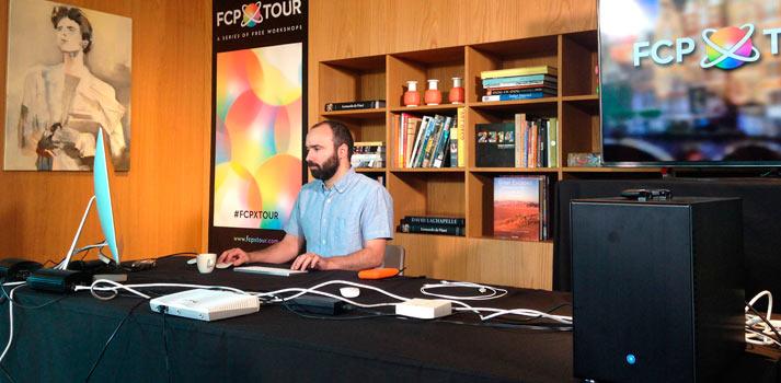 CEO de Cut People, Jesús Pérez-Miranda, mientras trabaja en su despacho