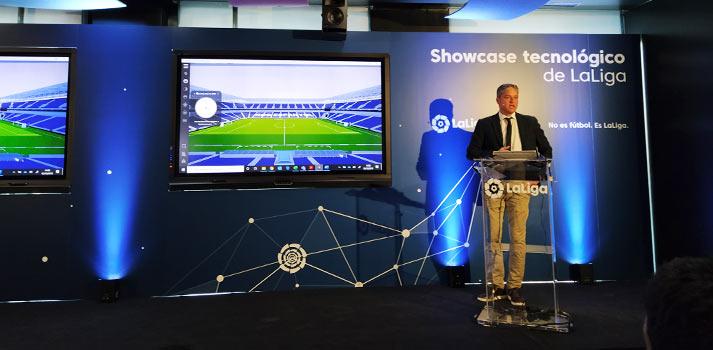 Luis Gil interviniendo en el Showcase tecnológico de LaLiga