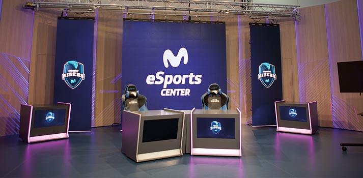 Plató ubicado en el eSports Center de Movistar Riders