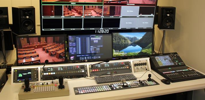 Sala de control / realización AV en el Parlament de Cataluña