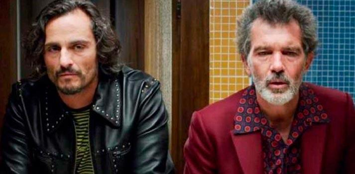 Antonio Banderas y Asier Etxeandia en 'Dolor y gloria'