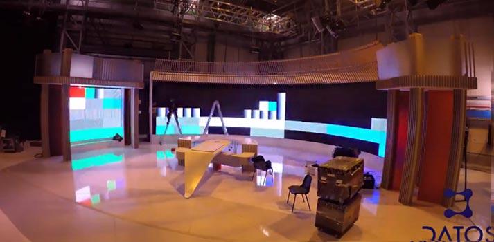 Vídeo timelapse con el que Datos Media muestra cómo montó la pantalla curva de España Directo (2020)