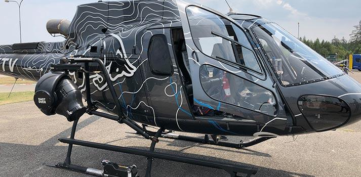 Cámara Shot Over acoplada a un helicóptero para una producción de Dorna Sports