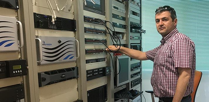 Responsable técnico de Interalmería Televisión, Javier Pérez Ortega