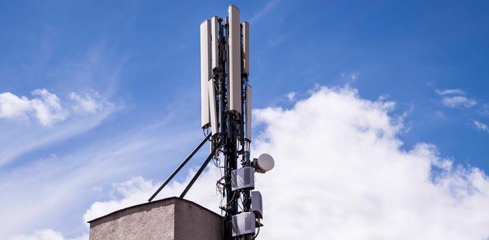Imagen recurso de una antena de telefonía